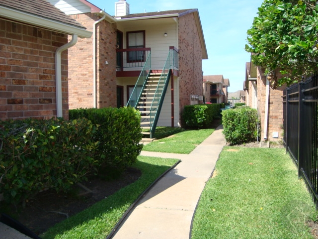 South and Southeast Houston Apartments